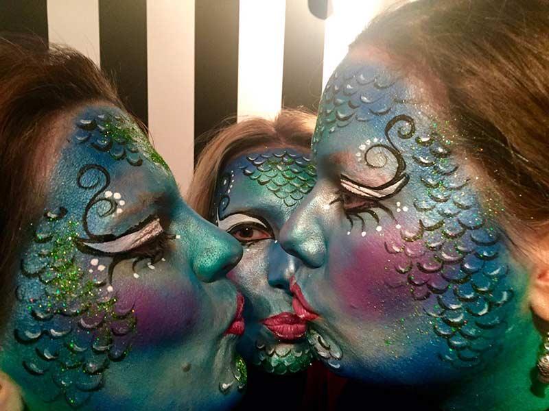 Mottoparty schminken